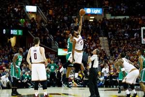 Клівленд переміг Бостон і перебуває за крок від фіналу плей-офф НБА