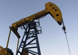 Цены на нефть в Европе незначительно снижаются