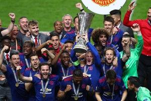 Вісім гравців МЮ увійшли до складу команди сезону Ліги Європи