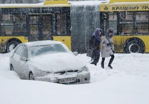 Корреспондент: Унесенные ветром. Навалившаяся на Киев стихия разрушила остатки иллюзий об эффективности отечественной бюрократии