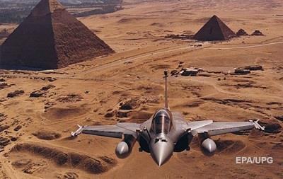 ЗМІ: Єгипет завдав ударів по терористах в Лівії