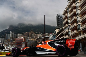 Баттона оштрафували на 15 позицій на старті Гран-прі Монако