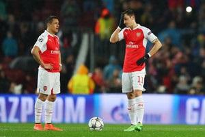 Арсенал запропонує Санчесу й Озілу рекордні контракти - The Telegraph