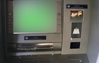 В Харькове залили монтажной пеной банкоматы Сбербанка