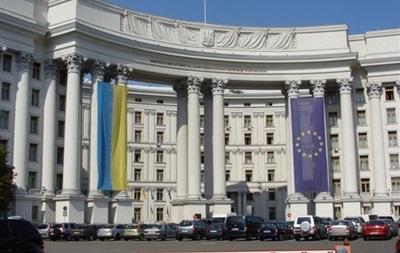 Київ: Ввести візовий режим із Росією складно