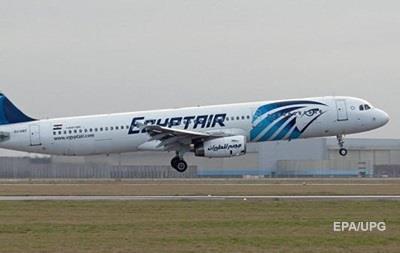 Три країни припиняють авіасполучення з Катаром