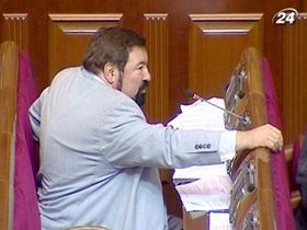 Милиция вывела из зала заседаний Печерского райсуда народного депутата Чорноволенко