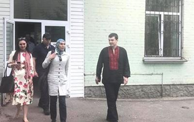 Адама Осмаєва виписали з лікарні