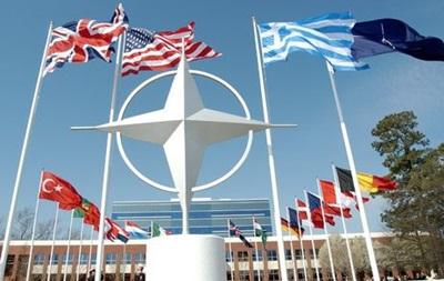НАТО не отримувало заявки на членство від України