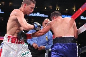 Американського боксера ввели в кому після поразки жорстоким нокаутом