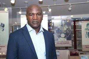Холіфілд став членом міжнародного Залу боксерської слави