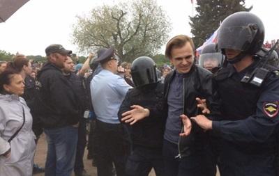 Протести в РФ: Кілька сотень затриманих
