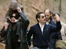 МИД Индии не знает, что делать с любовницей Саркози