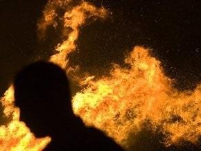 На киевском рынке Днипро сгорело восемь киосков