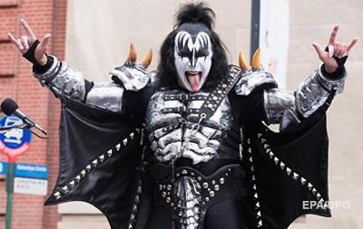 Лідер групи Kiss вирішив запатентувати  козу