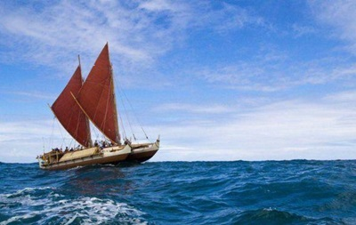 Завершилось первое кругосветное плавание на полинезийском каноэ