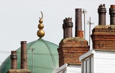 У Великобританії посилюють охорону мечетей