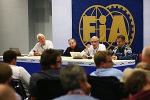 Формула-1: Гран-прі Малайзії прибрали з календаря, етап у Росії перенесли