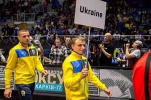 Четыре украинских боксера пробились на чемпионат мира