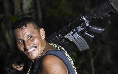 Повстанці в Колумбії здали більшу частину зброї