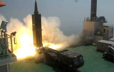 Южная Корея запустила баллистическую ракету