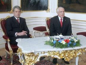 Чехия отказала Украине в визовом режиме, который отличается от общей политики ЕС