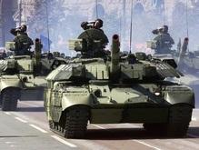 В Киеве на Крещатике прошел военный парад
