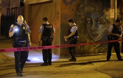 В Чикаго из-за перестрелок пострадали 100 человек