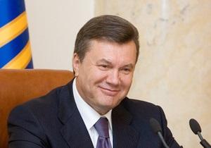 Янукович пожелал Назарбаеву успешной работы  на благо братского казахстанского народа