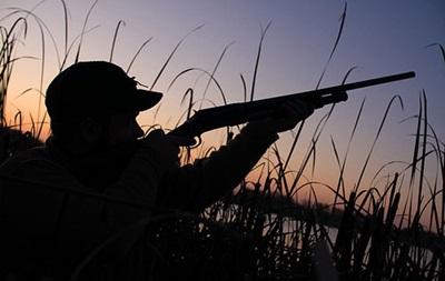 На Львовщине мужчина во время охоты случайно застрелил отца
