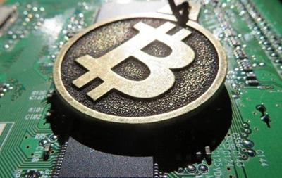 Курс криптовалют обвалився більш ніж на чверть
