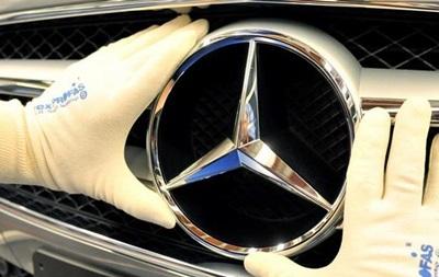 Дизельний скандал: Daimler підозрюють у підтасуванні даних