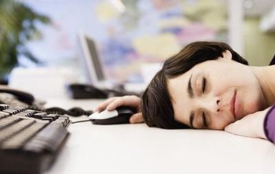 Длинный рабочий день ведет к аритмии – ученые