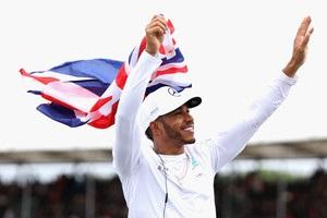 Хэмилтон выиграл Гран-при Великобритании