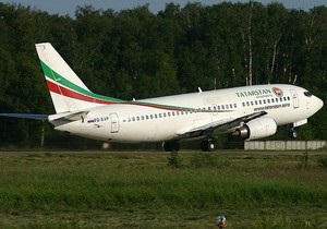 Boeing-737 совершил аварийную посадку в Казани из-за поломки шасси