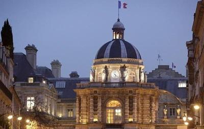 Во Франции приняли спорный антитеррористический закон