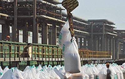 Импорт минеральных удобрений обвалит курс гривны – Союз химиков