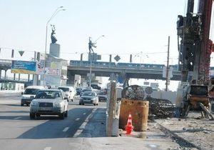 Газета по-киевски: У моста Метро в столице начали строить новую развязку