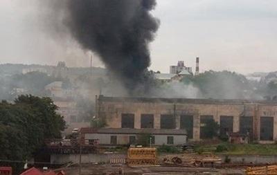 У Львові горить інструментальний завод
