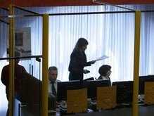 Российские биржи открылись, обрушились и закрылись