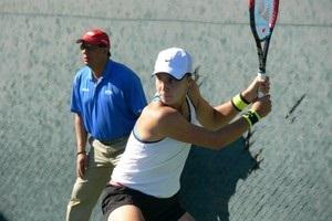 Калинина и Ястремская пробились в четвертьфинал в Праге