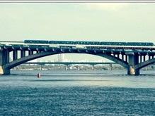 Киевские мосты украсят декоративным освещением