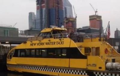 В Нью-Йорке водное такси врезалось в причал: 30 пострадавших