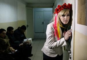 Суд арестовал активисток FEMEN за акцию против  секс-преступника Берлускони