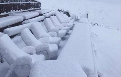 Сразу после жары: в Швейцарии выпал снег