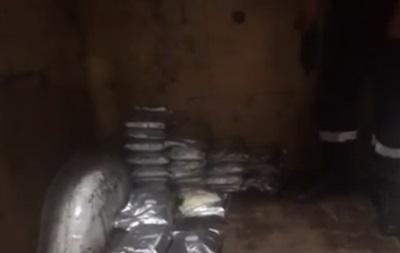 Українець намагався вивезти до Польщі майже 30 кг наркотиків