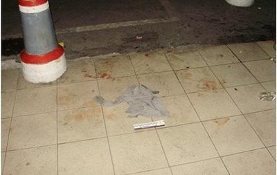 В Киеве парень ранил ножом троих людей