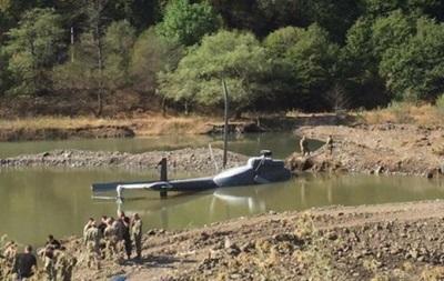 В Грузии рухнул пожарный вертолет