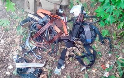 На Полтавщине полиция обнаружила сумку с оружием