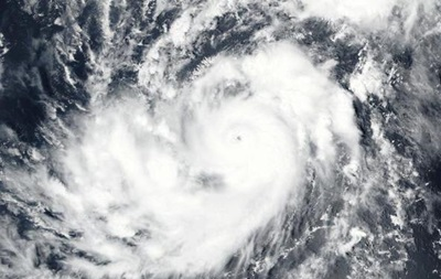 К побережью США движется новый сильный ураган